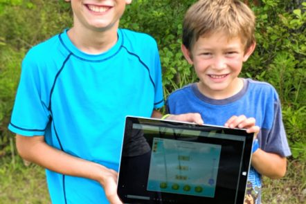 Splash Math online math games for homeschoolers are games my kids love! #splashmath #onlinemath #mathgames #homeschooling